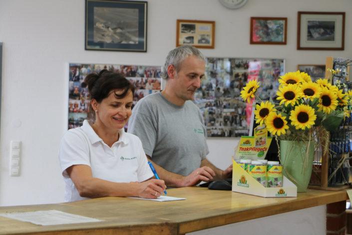 Stefan & Betrice Kapsner an der Theke