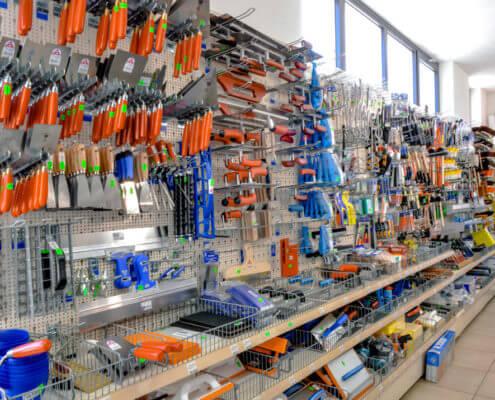 Werkzeugwand im Baumarkt Stefan Kapsner OHG